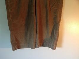 Light Brown Size 8 Levis Corduroy Casual Stretchy Capris image 3