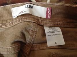 Light Brown Size 8 Levis Corduroy Casual Stretchy Capris image 6