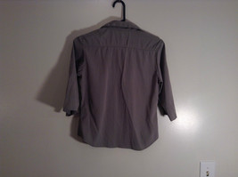 Light Green Three Quarter Length Sleeves Button Front Blouse Size Small At Last image 3