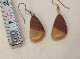 New w tags natural blonde and medium wood grained earrings image 2