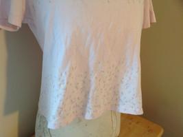 Liz Claiborne Liz Sport Pink T-Shirt with Tiny Flower Designs Bottom and Chest image 3