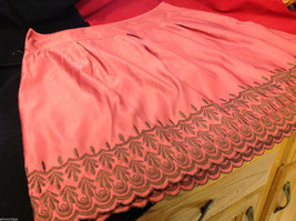 Old Navy Womens Low Rise Waist Pink Skirt with Embroidered Edge Pattern size 16 image 5