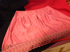 Old Navy Womens Low Rise Waist Pink Skirt with Embroidered Edge Pattern size 16 image 7