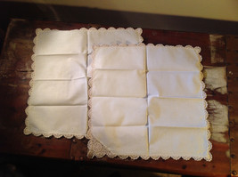 Lot of tablecloths table linens and placements clean excellent condition image 3