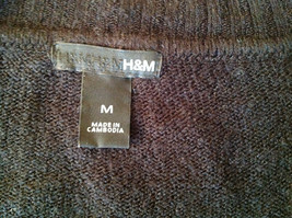 Lovely H and M Long Sleeve Black V Neck Sweater Soft  Made in Cambodia Size M image 6