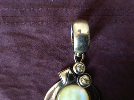 Magic Scarf Large Yellow Green Stone with Crystals Gold Tone Scarf Pendant image 3
