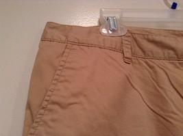Merona 100 Percent Cotton Size 16 Sand Colored Casual Shorts Light Fabric image 4