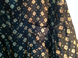 Perry Ellis Size Medium Silk Short Sleeve Shirt Dark Blue with Brown Diamonds image 4