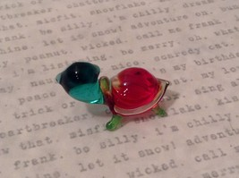 Micro miniature hand blown glass figurine USA blue green w red shell turtle NIB image 4