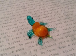 Micro miniature hand blown glass figurine blue turtle with orange shell USA NIB image 4