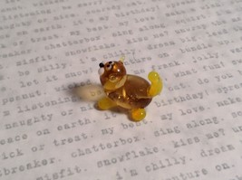 Micro miniature small hand blown glass figurine amber yellow cat USA  NIB image 2