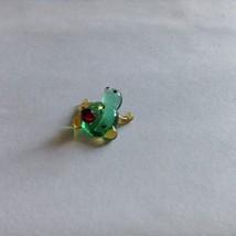 Micro miniature small hand blown glass figurine green frog w ladybug USA  NIB image 2