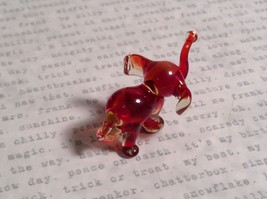 Micro miniature small hand blown glass figurine red and clear elephant USA  NIB image 5