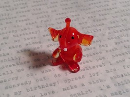 Micro miniature small hand blown glass red amber sitting elephant USA made image 2