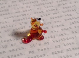 Micro miniature small hand blown glass tiny amber red cat  USA made image 3
