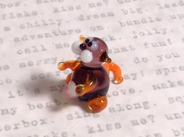 Micro miniature small hand blown glass tiny violet orange cat  USA made image 2