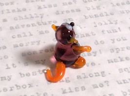 Micro miniature small hand blown glass tiny violet orange cat  USA made image 4