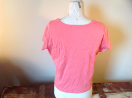 Pink Relaxed Fit Short Sleeve V-Neck T-Shirt Made in Guatemala  Size XL image 3