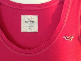 Pink Short Sleeve Hollister Stretch Top Size Medium image 2
