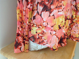 Pink Yellow Flower Pleated Ruffled Long Sleeve Shirt Style and Company Size 8 image 5
