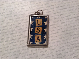 My Mom is a Soldier USA Charm Present Tie On  Reversible Tag Metal Glass Tag image 2