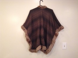 NEW Khaki Faux Fur Trimmed Lux Cape One Size MAD Style image 2