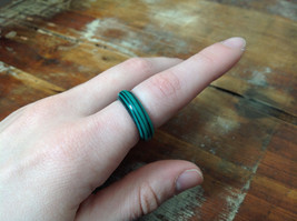 Pretty Malachite Green natural Stone Ring Size 7 image 3