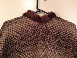 New Brown Beige Faux Fur Trimmed Wrap Shawl Duster w Decorative Pin image 2