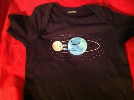 New Kids Threadless Short Sleeve Blue Shirt World & Moon Size 18 Months image 3