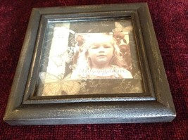 New Primitives Photo Frame Vintage Look and Feel Butterfly Background image 4