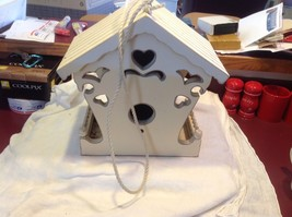 New birdhouse never used stored in the barn cream with hearts image 8