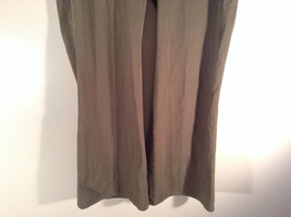 Newport News Easy Style 100 Percent Cotton Size 12 Olive Colored Pants image 3