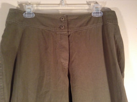 Newport News Easy Style 100 Percent Cotton Size 12 Olive Colored Pants image 4