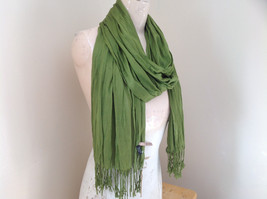 Olive Green Scrunch Style Silk Cotton Scarf with Tassels TAG ATTACHED by Look image 2