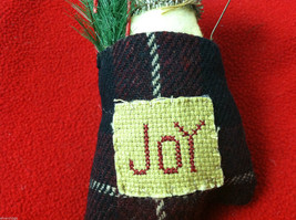 """Pair of Tan Christmas Mice in """"Joy"""" Mitten - Comes with Hanging Wire image 3"""