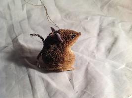 Palm Fiber Seated Mouse Brush Animal Eco Fiber Sustainable Ornament image 3