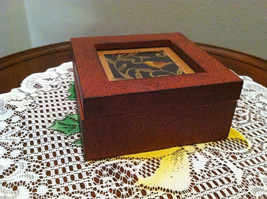 Paper Cutting Vines and Bird Facing Left Small Trinket Box image 2