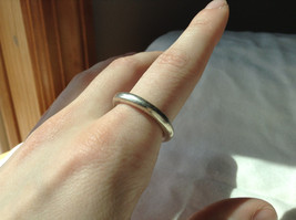 Plain Rounded Silver Ring Size 8 image 2