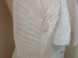 Pleated Cream White Scrunch Style Scarf NO TAG Length 68 Inches Width 24 Inches image 5