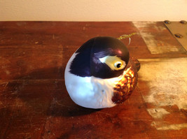 Realistic Glass Bird Ornament with Glitter Brown Black White image 3