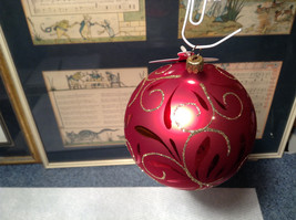 Red Ball Classic Gold Accents Old German Christmas Glass Tree Ornament image 2
