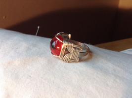 Red Eye Silver Tone Metal Wired Ring Size 7.75 image 2