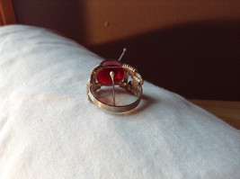 Red Eye Silver Tone Metal Wired Ring Size 7.75 image 3