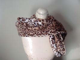 Pretty Faux Fur Cheetah Infinity Scarf See Measurements Below image 7