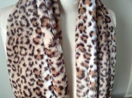 Pretty Faux Fur Cheetah Infinity Scarf See Measurements Below image 2