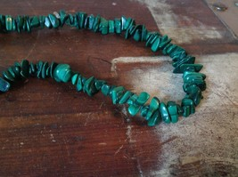 Pretty Green 36 Inch Necklace Malachite Chip image 4