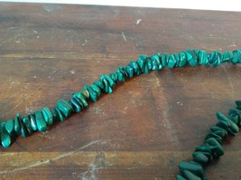 Pretty Green 36 Inch Necklace Malachite Chip image 5