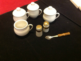 Pretty tea set white colored 7 pieces Made in France vintage image 4