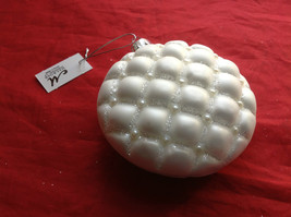 Puffy  White Glass Ornaments Flat ball/ball/shuttle 3 assort 3, 4 & 5 Inch High image 10