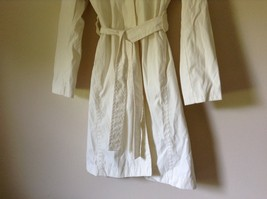 Reaction Kenneth Cole White Trench Coat Belt Buttons Shoulder Pads Size Large image 3